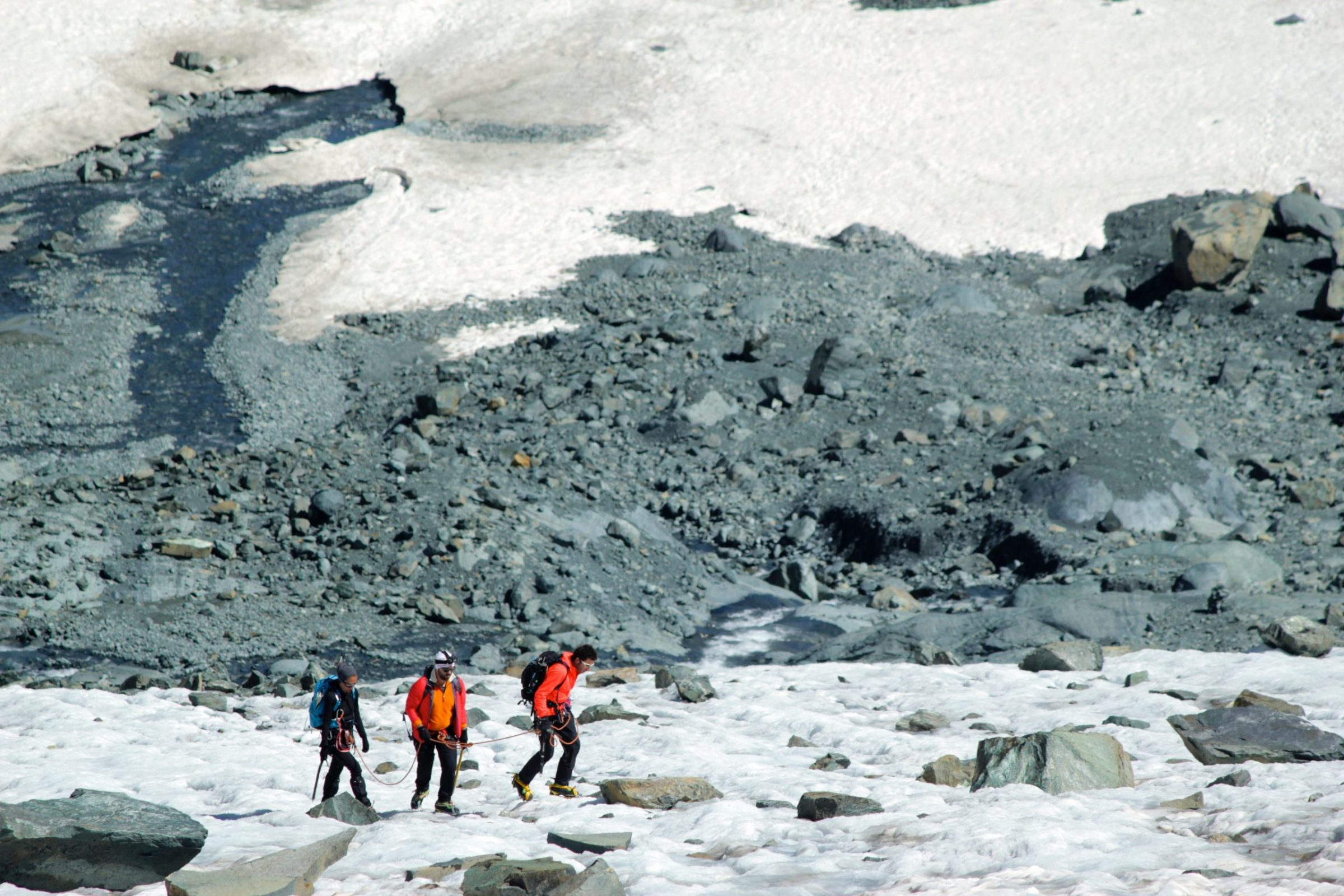 Alpinismo-scaled.jpg