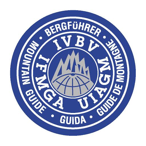 Logo Internazionale Guide di Montagna